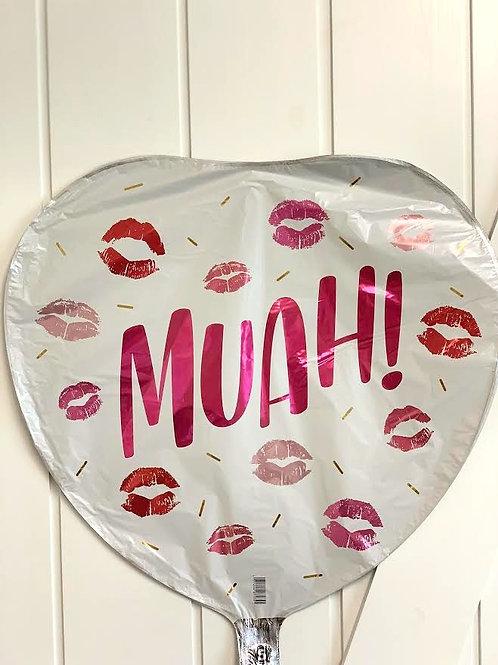 """Muah!"" Kisses"