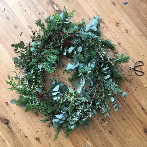 DIY CHRISTMAS WREATH KIT from