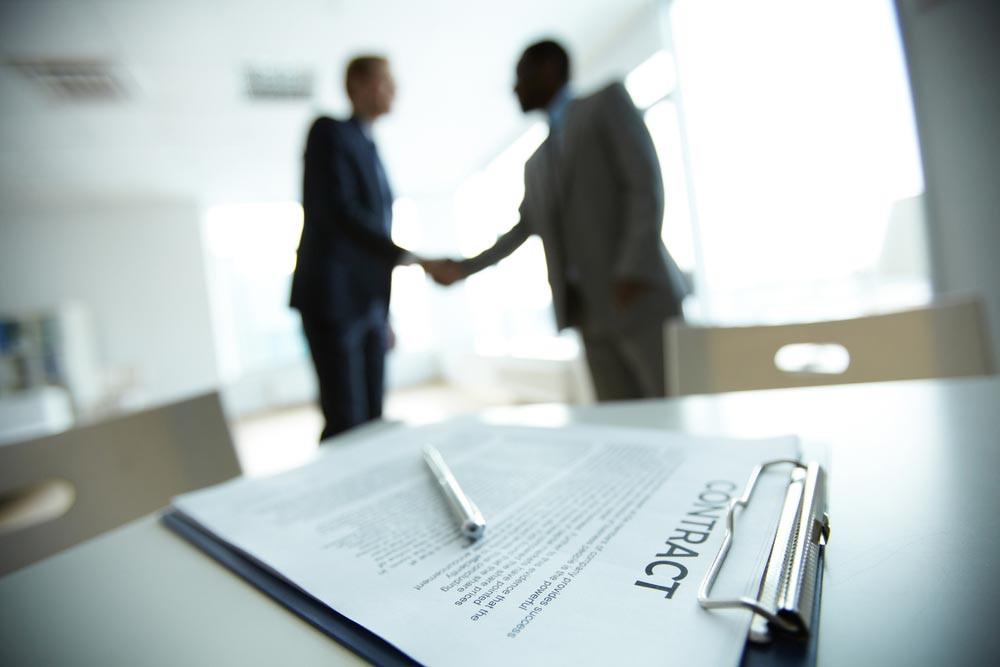 contrato empregado empregador