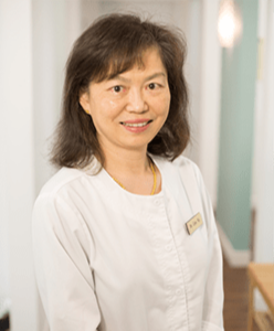 Coquitlam Centre Dental Clinic - DOCTOR DR. LINA NG DENTIST FEMALE WOMAN WMEN DENTIST CHINESE MANDARIN CANTONESE SPEAKING