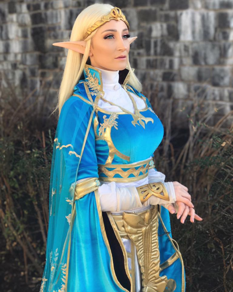 Holly Wolf as Queen Zelda