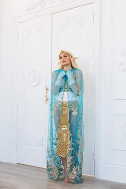 Holly Wolf as Queen Zelda
