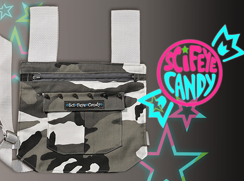 Spiked Snow Camo Leg Bag 1.0 by SciFeyeCandy