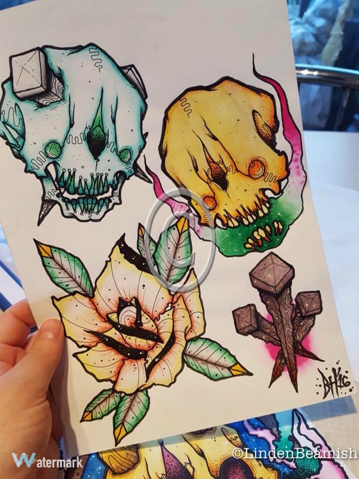 Coloured flash sheet.
