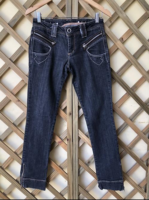 Calça jeans preta Espaço Fashion