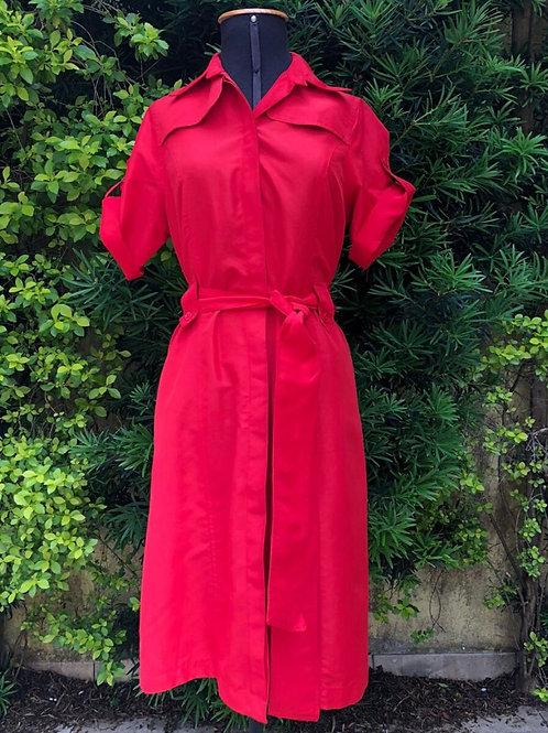 Vestido vermelho Ferrari com cinto no mesmo tecido da Talita Kume
