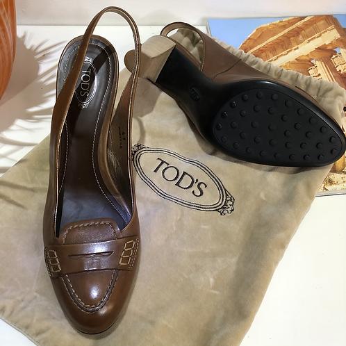 Sapato caramelo Tods