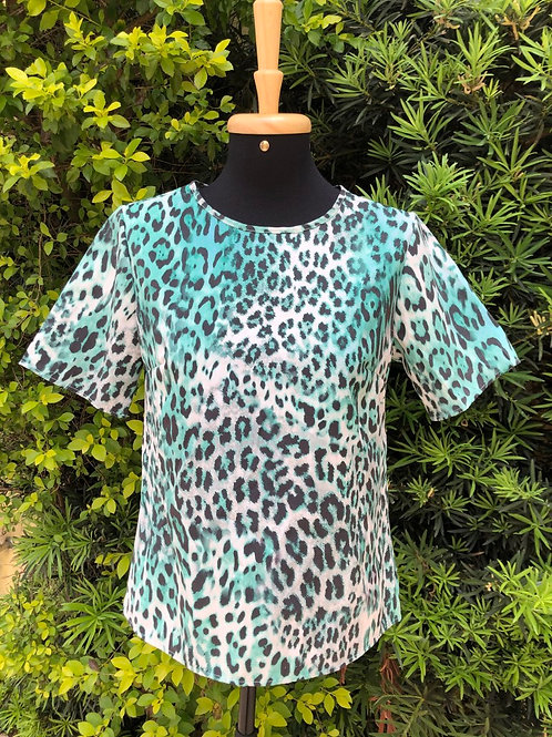 Blusinha animal print verde