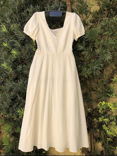 Vestido de linho Zara