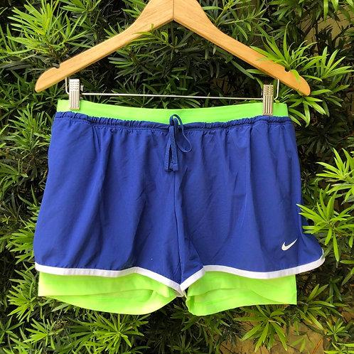 Short esporte Nike