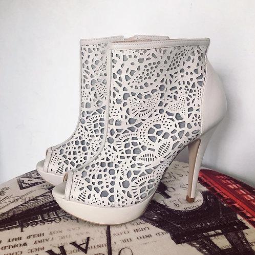 Botinha gelo My Shoes
