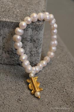 Kadidiatou_Touré_bracelet_elegance