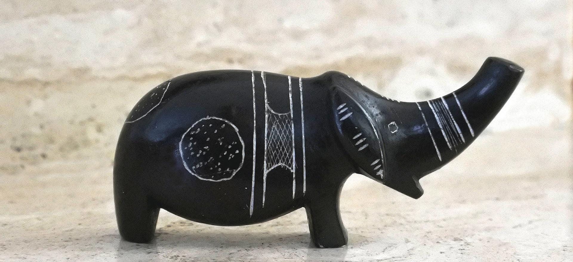 Touareg art Elephant statuette
