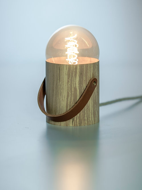 Pail Beag lamp