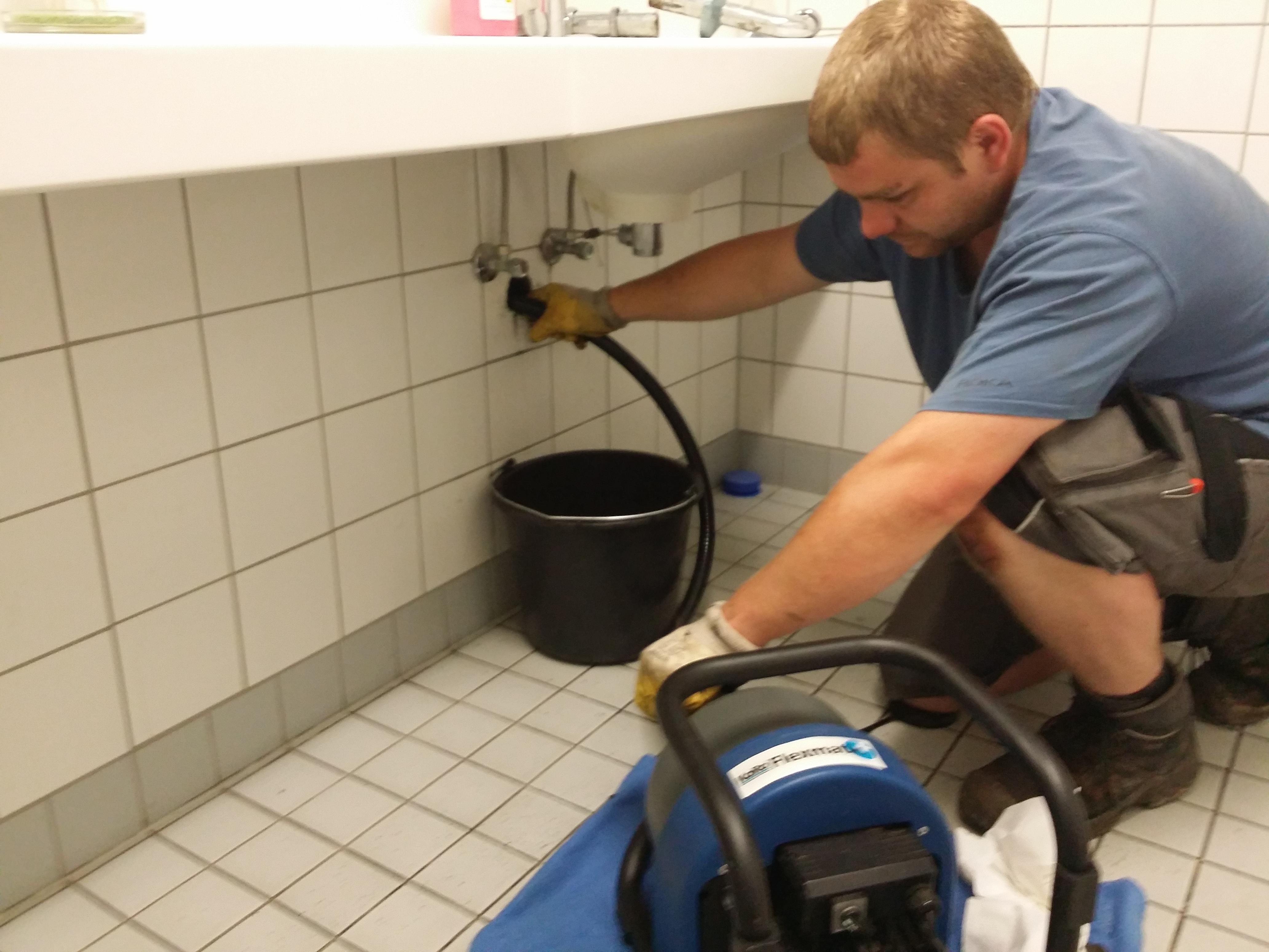 Waschbecken verstopft