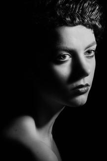 Model Heidi Hernesaho, muah Minja Kuismanen
