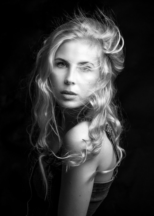 Photo by Minna Lehtola, model Iissa Reponen