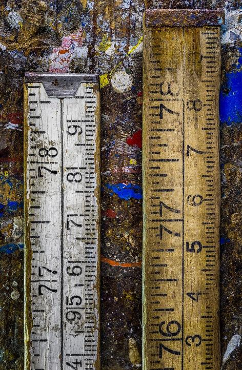 Old wooden metering tool, Vaarin verstaalla, grandpa's workshop, lightpainting, photography, long exposure, still life, old tools, materials, structures