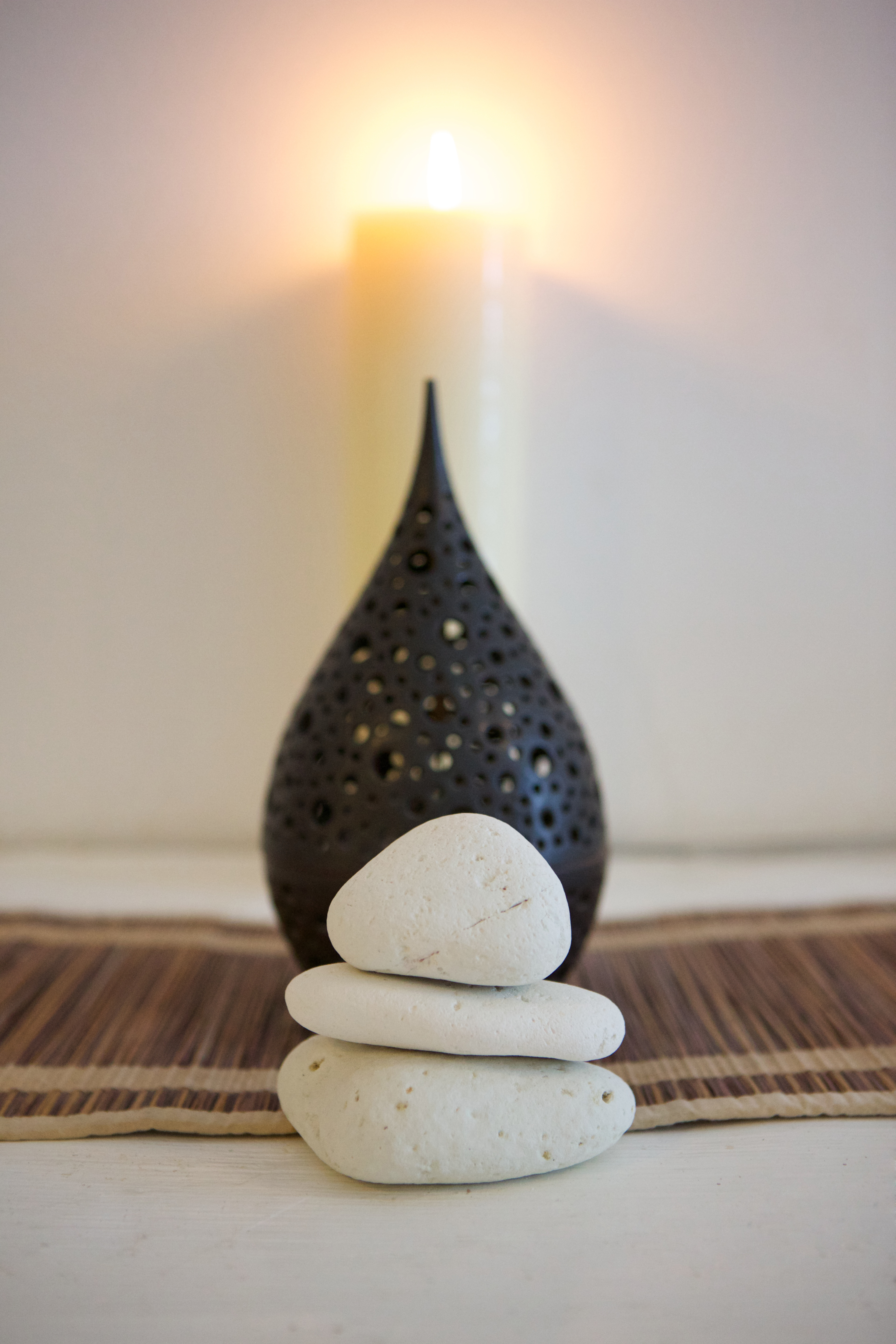 Candle & stones