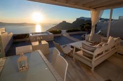 The spectacular terrace.