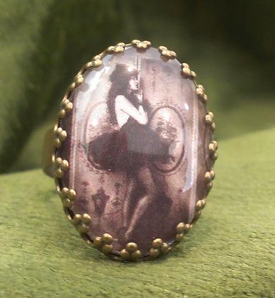 Adjustable Ring by Velvet Stuff