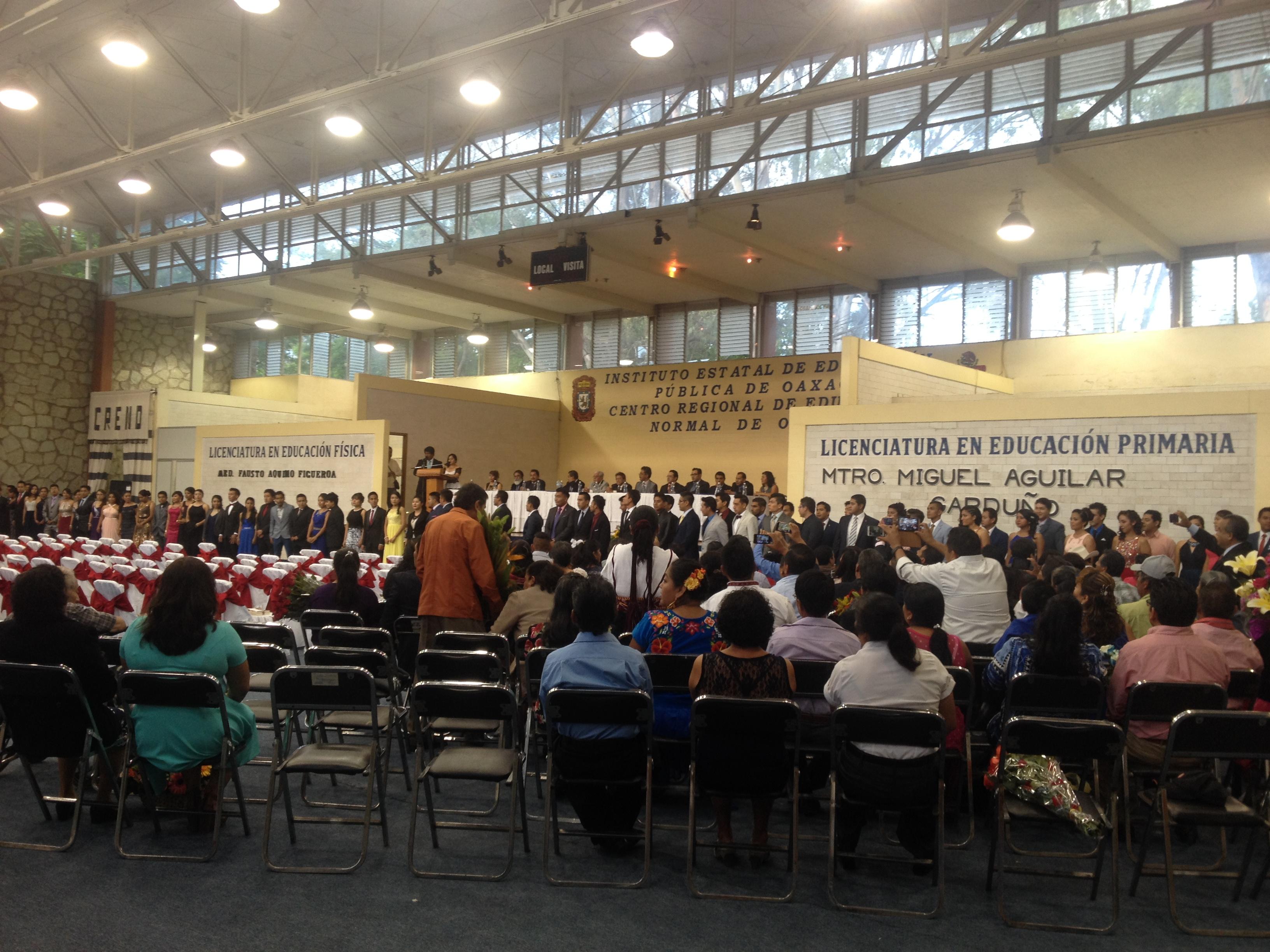 Graduación 2012-16