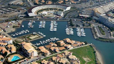 Port Ambonne.jpg