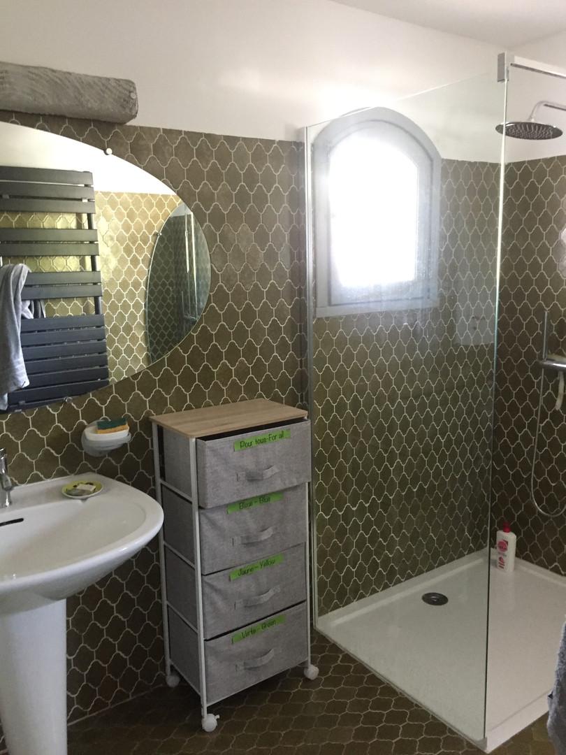 Villa PaulAna salle d'eau étage