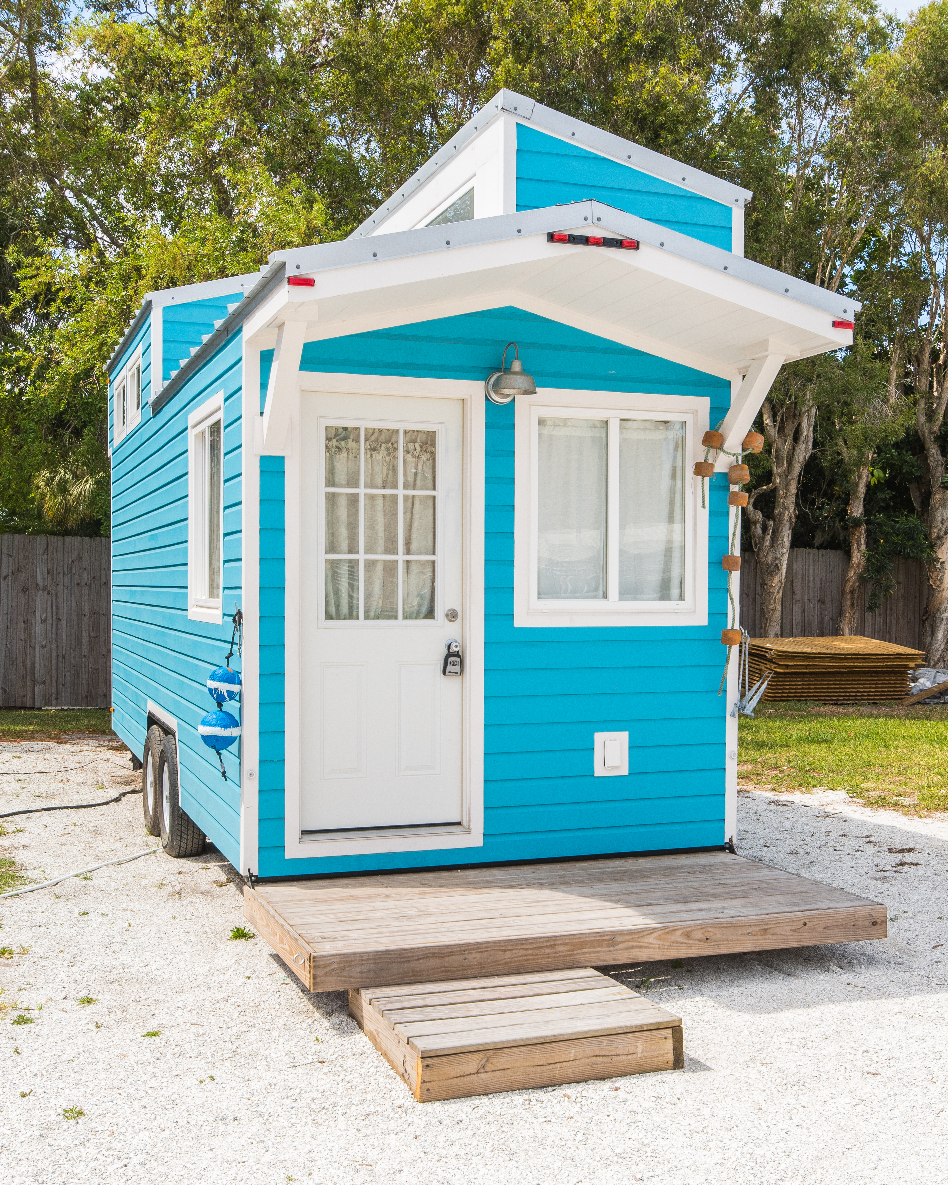 TinyHome-TheSiestaExterior1-1