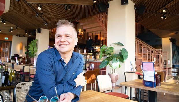 Johan_Headshot.jpg