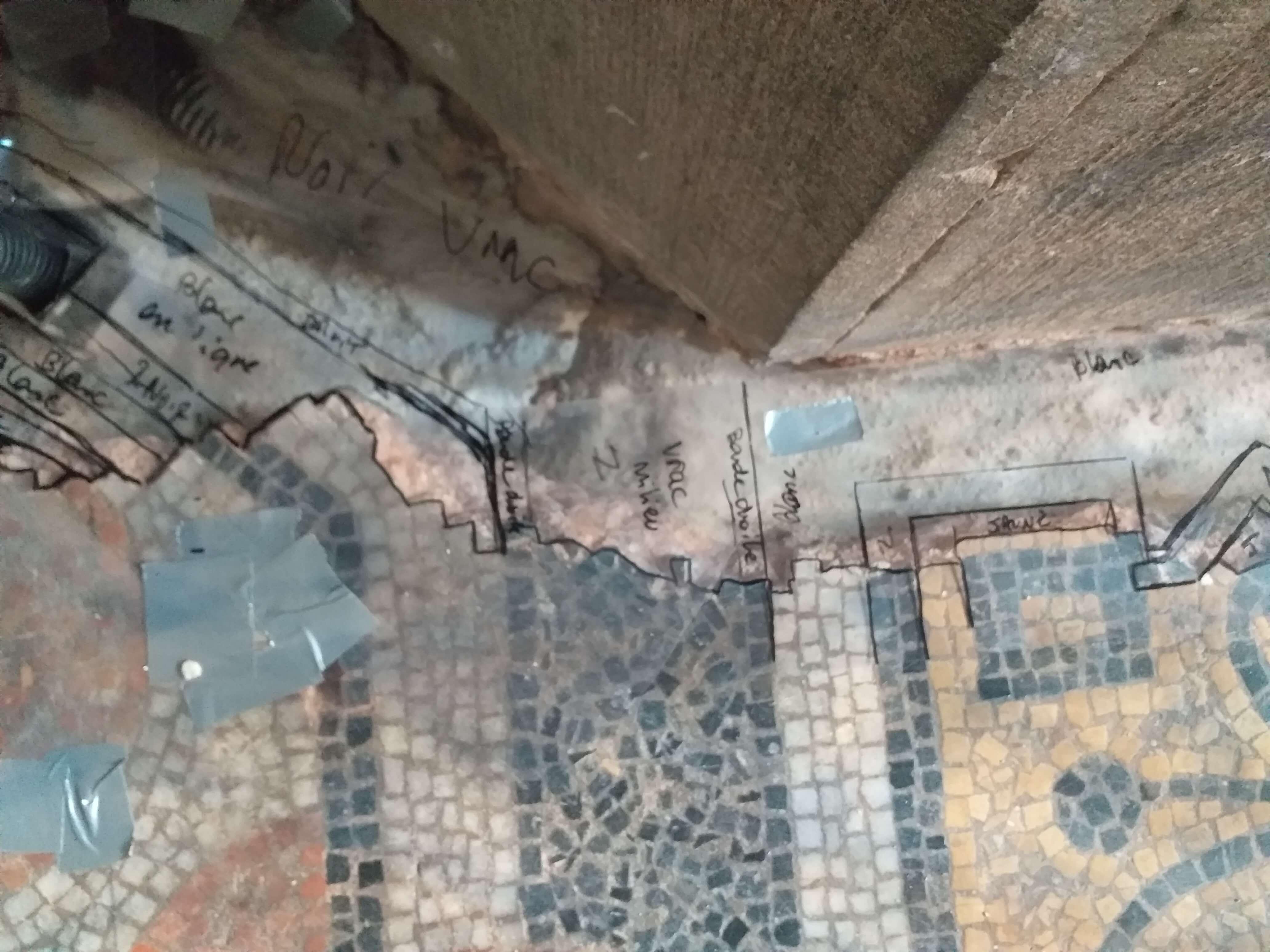 restauration-mosaique-sol-cathedrale