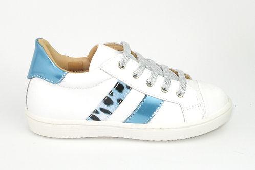 CHERIE/907bl/sneaker wit lak strepen lichtblauw/luipaard