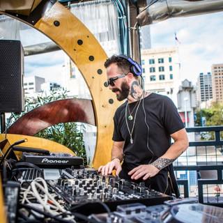 High Beam Virtual Events DJ Band.jpg
