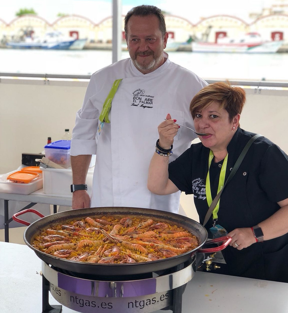 The essence of Paella cooking class