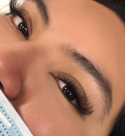 Soft Glam Wispy Hybrid Lash Extensions
