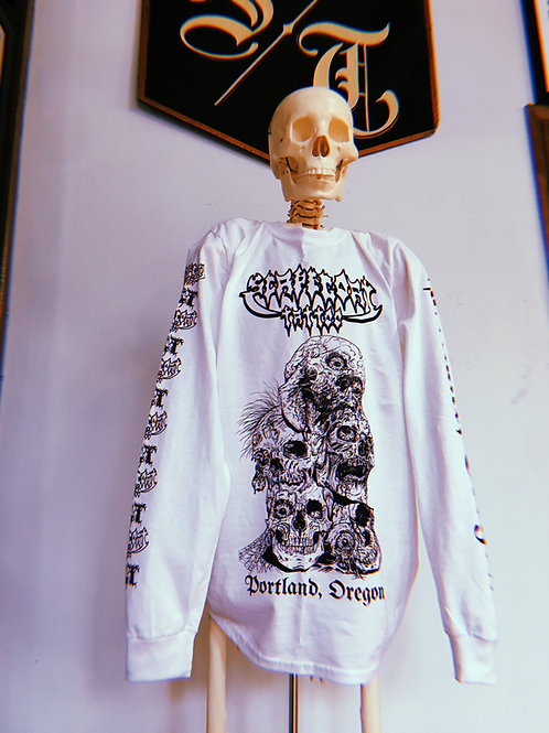 Long Sleeve Skull Print Tee