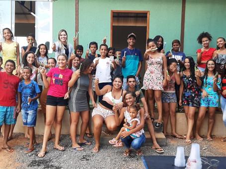 Aulas de inglês em Cafarnaum: esperança de um futuro melhor