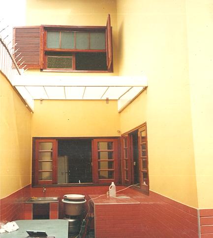 Toldos residenciais cortinas rolon toldo retr til toldo for Roldanas para toldos