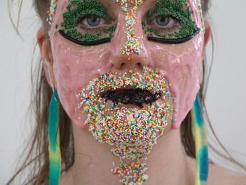 Heckla y el maquillaje terapéutico