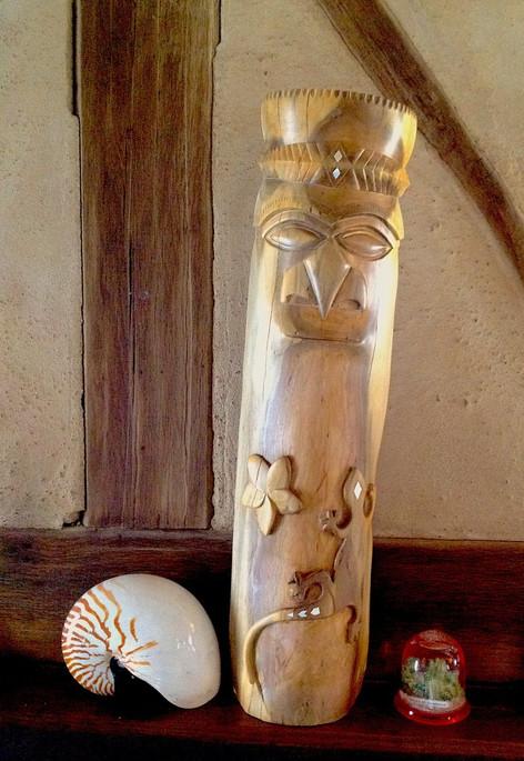 Le chambranle au margouillat et à la fleur de frangipanier (petit modèle)