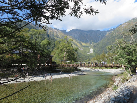 The history of 'Kamikochi', a leading mountainous scenic spot in Japan, dates back to 1896 w