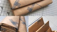 紙を包む紙で作ったお財布