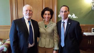 הקונסול הכללי של ישראל לניו אינגלנד פגש את מושלת רוד- איילנד גינה ריאמאנדו