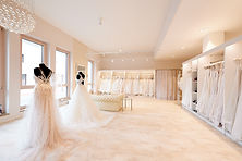 wedding-lounge-brautmoden-ingelheim-grosse-auswahl-brautladen-maximilian-ruf-005.jpg