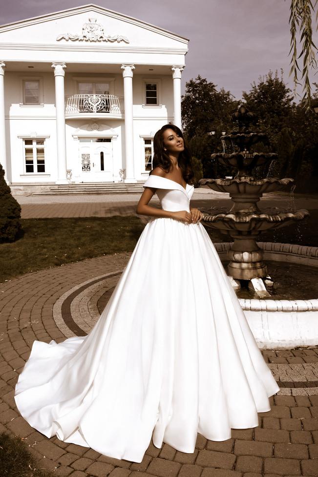 wedding-lounge-brautmode-ingelheim-brautkleider-mainz-wiesbaden-tina-valerdi-nancy-2.jpg