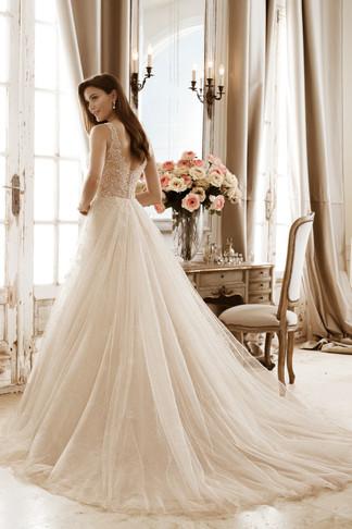wedding-lounge-brautmode-ingelheim-brautkleider-wiesbaden-alzey-sophia-tolli-Y11871-2.jpg
