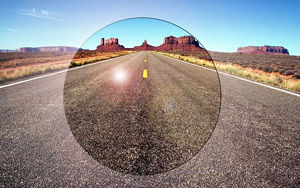 Imatge simulada de la visió a la carretera amb una lent amb filtre de llum difosa
