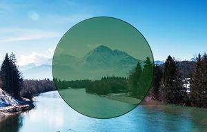 Imatge simulada de la visió amb una lent de color verd