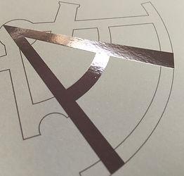 Lucidatura UV serigrafica; Nobilitazione stampati; Verniciatura UV serigrafica