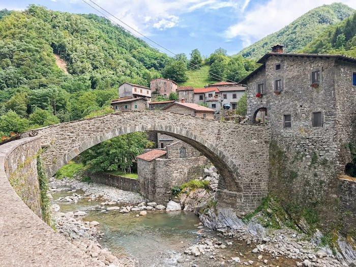 A scenic bridge in Fabbriche di Vergemoli in Tuscany, Italy.